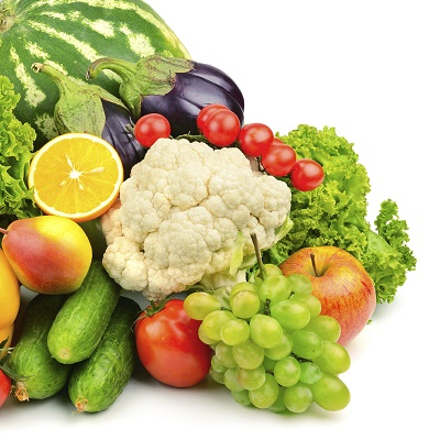 A collection of fruits and vegetables beside each other full of fiber.